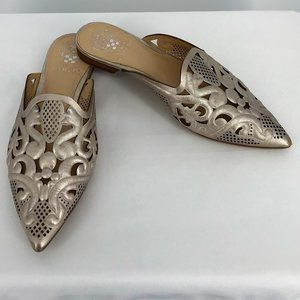 VINCE CAMUTO MEEKEL ROSE GOLD MULES Size 8
